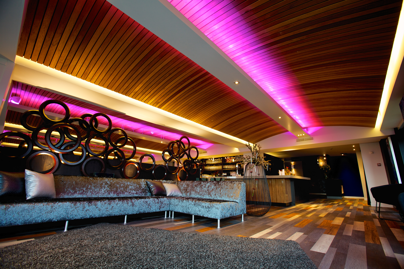 Hampshire Newport Huizen : Book hampshire hotel newport huizen amsterdam teletext holidays