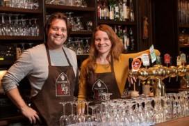 Caféhouder wil liefdesslotjes naar Venlo halen