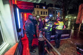 Contact politie en portiers sleutel tot succes uitgaansgeweld