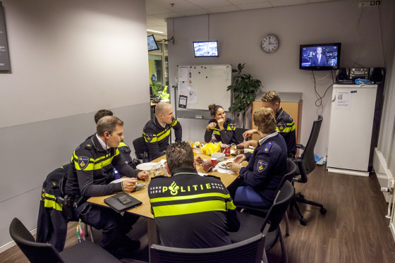 151128 uitteam politie 24 560x373