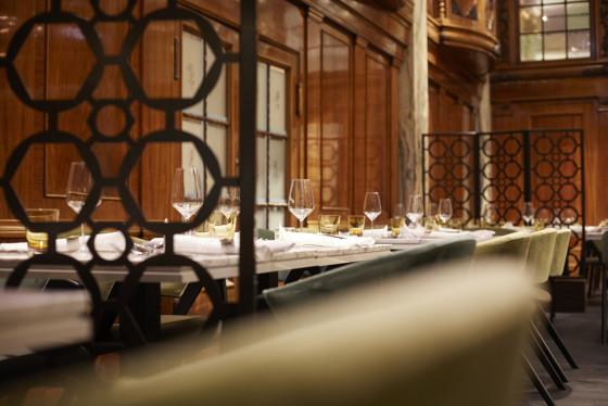 11 hotel reichshof hamburg curio collection by hilton restaurant joi design 560x374