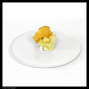 SIGNATURE DISH - Crunchy part of a lasagna © Paolo Terzi