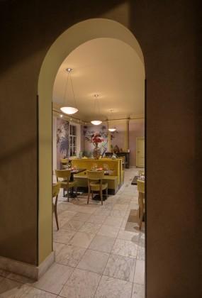 Estida fabers alkmaar interieur groene zaal doorkijk 285x420