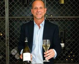Dirk Vanhorenbeeck ontvangt hoogst haalbare diploma op wijngebied