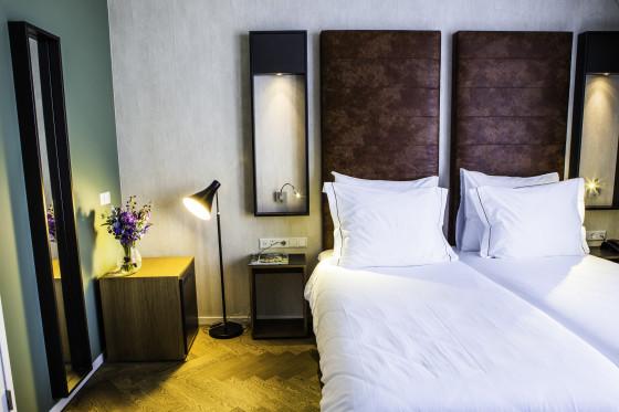 Hotel de hallen rooms 62 560x373