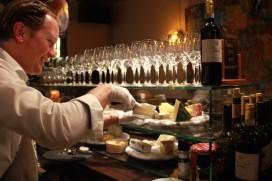 Kaasbar Maastricht officieel open