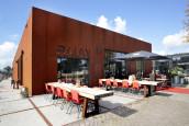 KPMG na excuses om 'no show' weer welkom bij restaurant