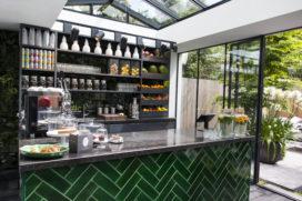 CoffeeConcepts opent shop-in-shop bij SuitSupply