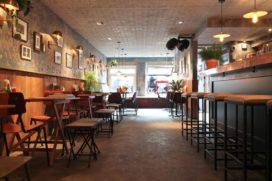 Brunchroom en restaurant delen voordeur