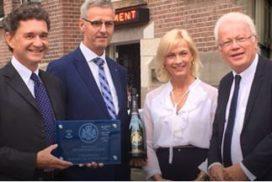 Élevé (*) ambassadeur Champagne Barons de Rothschild