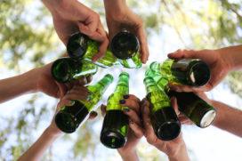 Nederlanders drinken steeds minder