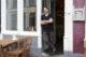 Syr: culturen mengen op bord en werkvloer