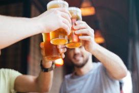 Tips over bier: opslaan, tappen, schuimen en schoonspoelen