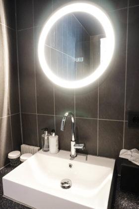 Hotel de jonker bathroom 6 280x420