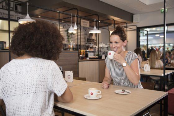 The blend koffiecaf  3 560x373