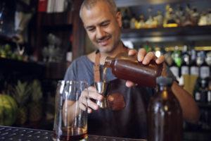 Green Bartending: cocktails bij Vesper en Andaz