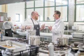 Bas van Boxtel en Damien Taylor willen koken voor een betere wereld