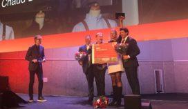 Ondernemer hippe kokskleding wint Amsterdamse ondernemersprijs