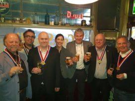 Felix Huisken van Café Singelier geïnaugureerd tot SVH Meesterschenker
