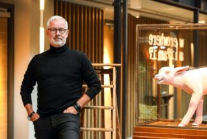 Foto: Diederik van der Laan Hotel De Hallen Arjen van den Hof, directeur Vondel Hotels. .
