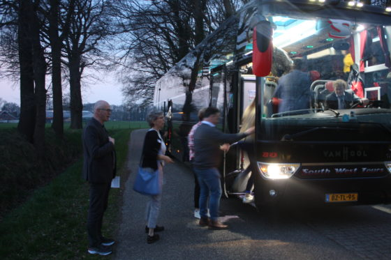 Dan de bus in naar Droste's voor diner en overnachting.