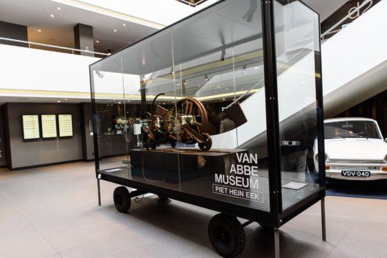 Vanabbemuseumpietheineek 560x374