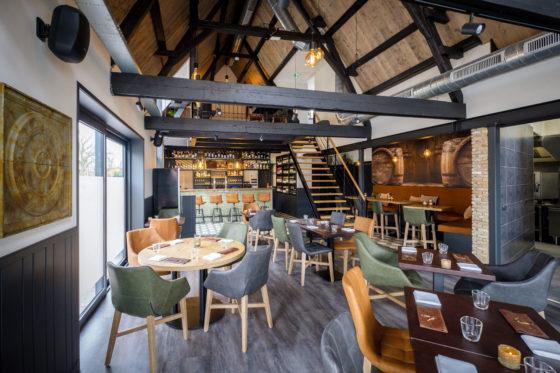 (C) Roel Dijkstra / Joep van der Pal   Bruinisse - restaurant Bij Petit - hotspot