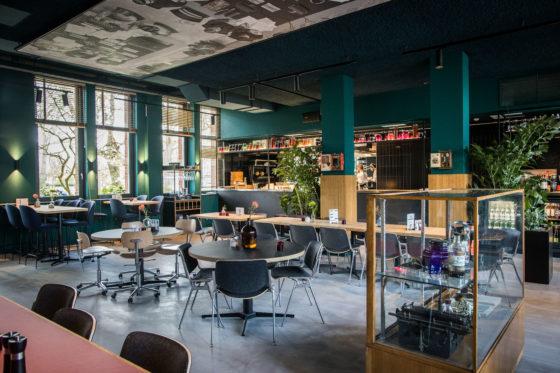AMSTERDAM - Marco Lemmers van Conscious Hotel Westerpark.  Foto Diederik van der Laan