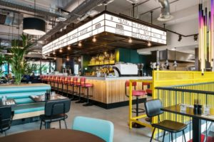 Bar & restaurant The Commons: Kleurrijk en met een 'bruisende internationale vibe'