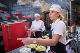De Rooi Pannen stoomt leerlingen klaar voor cateringcarrière
