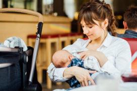 Opnieuw discussie over borstvoeding in horeca: Wat is het meest gastvrij?