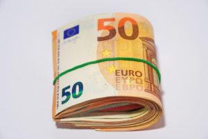 Relatief veel banen op minimumloon in horeca: 'Percentage zou omlaag moeten gaan'