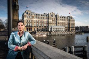 Anita Bos vertrekt als directeur van het Amstel Hotel