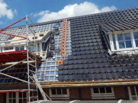 Hotel de Bloemenbeek: dakpannen met zonnecellen