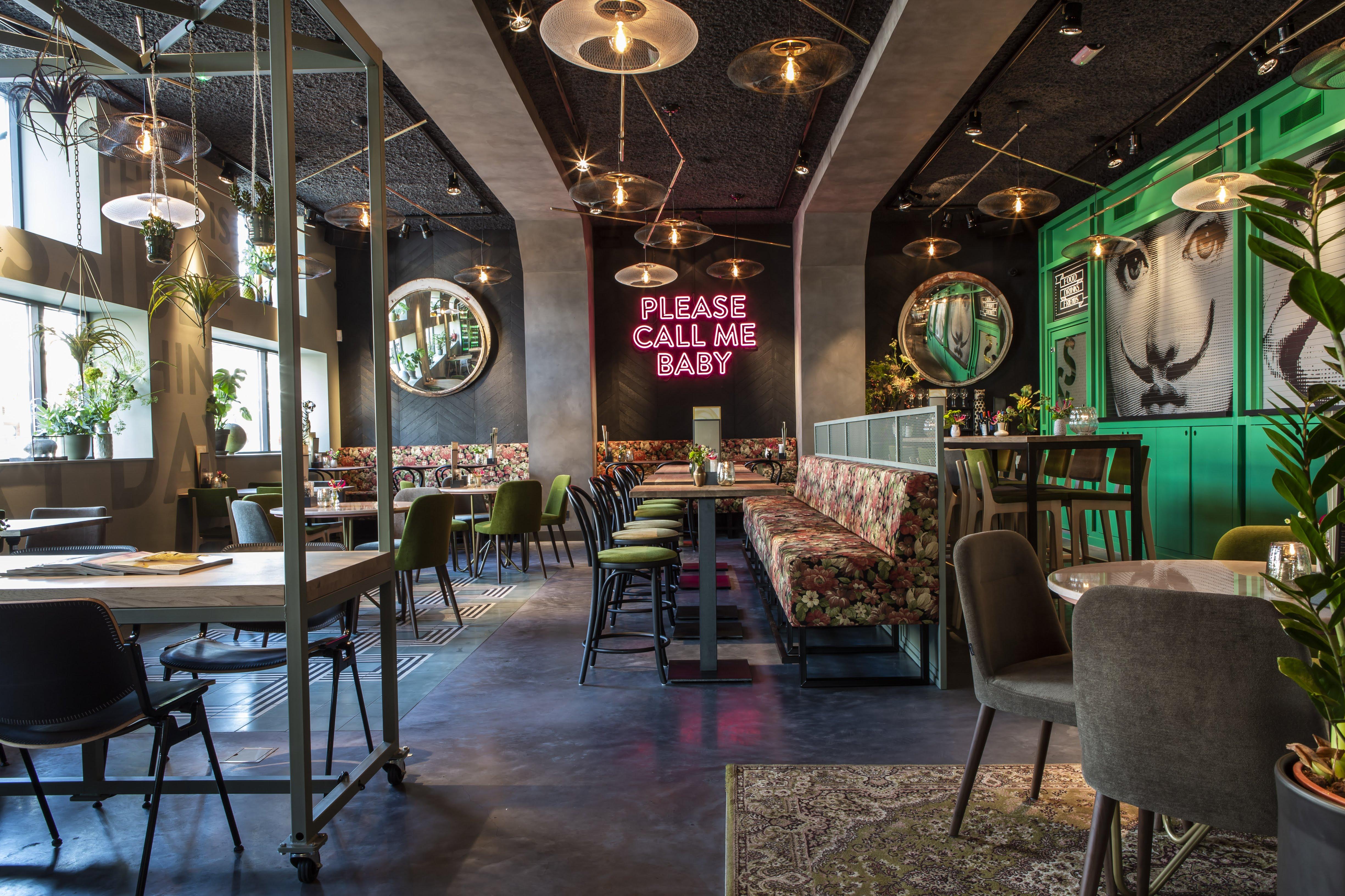 Foto\'s van het splinternieuwe Restaurant Stan & Co Zeist
