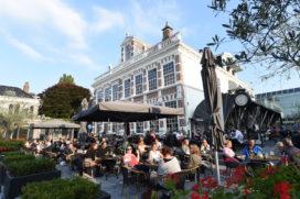 Rondje geven op terras Amsterdam opnieuw het duurst, Zwolle het goedkoopst