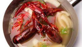 Recept Vis & Seizoen: rode rivierkreeftjes gegaard in venkel bouillon