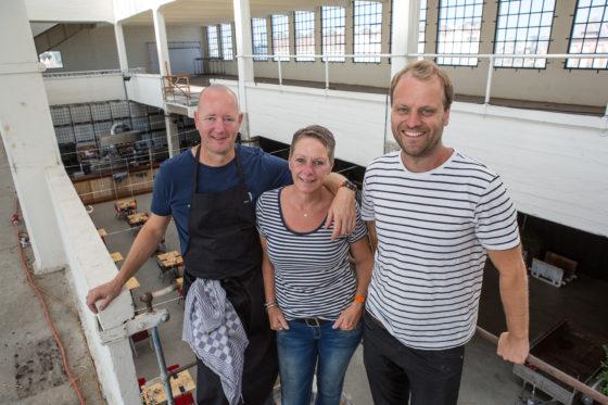 VFN#4765 vlnr Michel Louws (44), Marianne van Ombergen (51) en Louk Peperkamp (32)