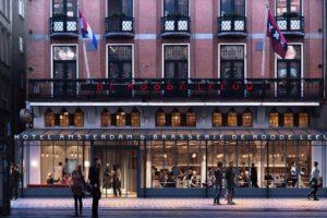 Nieuwe serre voor Hotel De Roode Leeuw Amsterdam