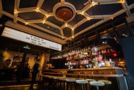 Bar Bitterbal opent deuren in Amsterdam