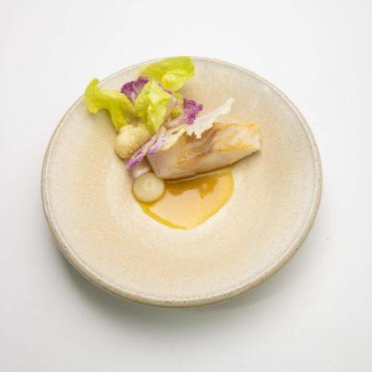 Leest gebakken kabeljauw met bloemkool en vadouvan jcb8234 420x420