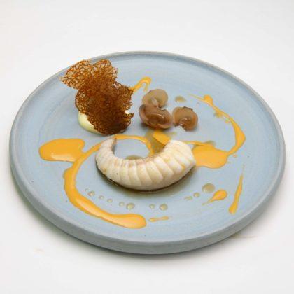 Librije zeeduivel met gepofte aubergine beurre blanc van gefermenteerde paprika sap jcb8281 420x420