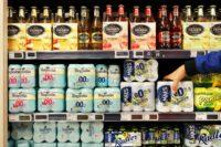 Overheid wil stuntaanbiedingen alcohol verbieden en roken ontmoedigen
