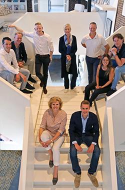 Het team van PINVoorschot.