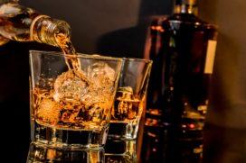 Wat wordt wanneer gedronken in het café? De feiten op een rij