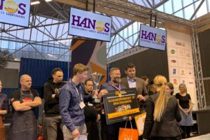 Arn Zuyderduin wint vakwedstrijd 'Lekkerste Frietje met topping'