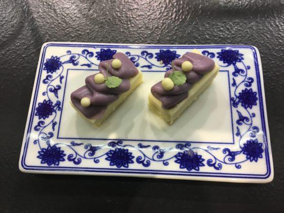 Chapeter 4: Shanghai regio: China Blue Lotus Gebak, Taro Crème, Osmanthus Bloemen en Lotus Chip