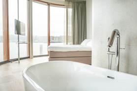 Vondel Hotels opent deuren Hotel Pontsteiger in Amsterdamse Houthavens