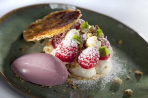 De Hardloper: Roodfruit en crème suisse op knapperig bladerdeeg