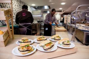 Eurest maakt lunch in het bedrijfsrestaurant gezonder en duurzamer